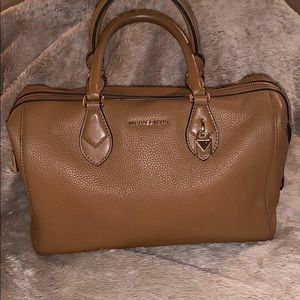 Michael Kors leather satchel with dust cover 🥰